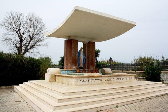 fontana Jaddico